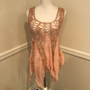 Love culture pink crochet top sz small/medium
